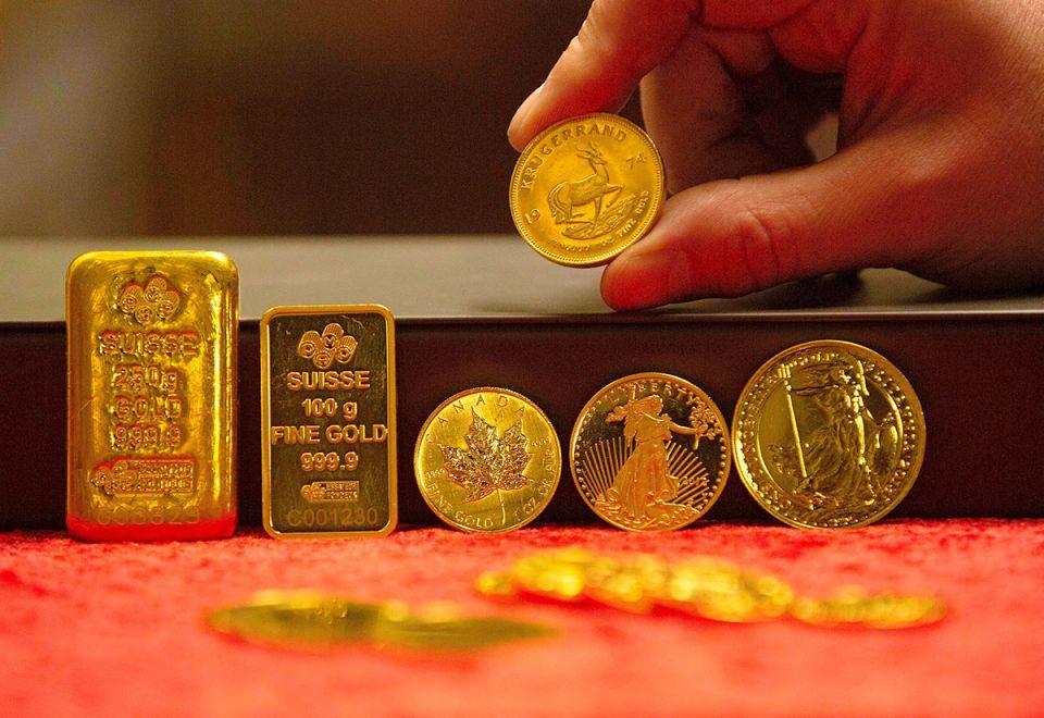 الذهب يسجل أعلى مستوى في أسبوع بـ  1579 دولار للأوقية
