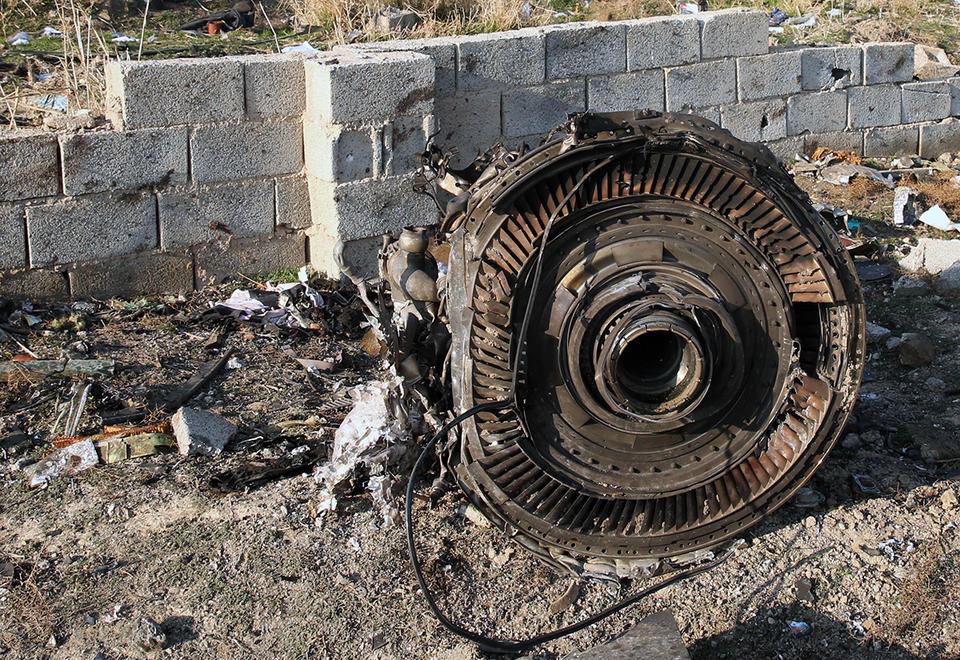 إيران : بالصور الطائرة الأوكرانيا أسقطت عن غير قصد