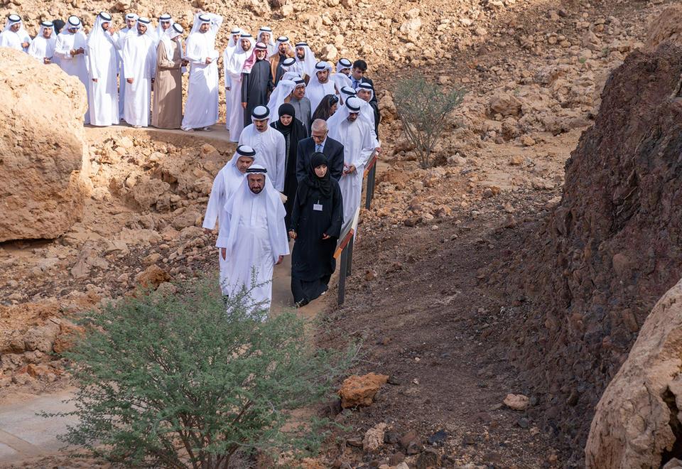 حاكم الشارقة يفتتح الحديقة الجيولوجية في بحيص