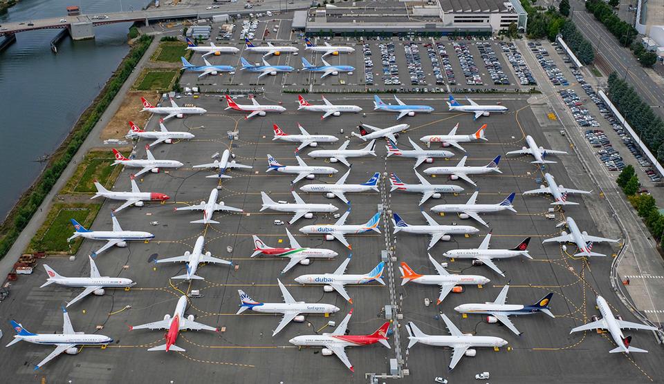 بوينغ تتكبد أول خسارة سنوية منذ 1997 مع تزايد تكاليف أزمة 737 ماكس