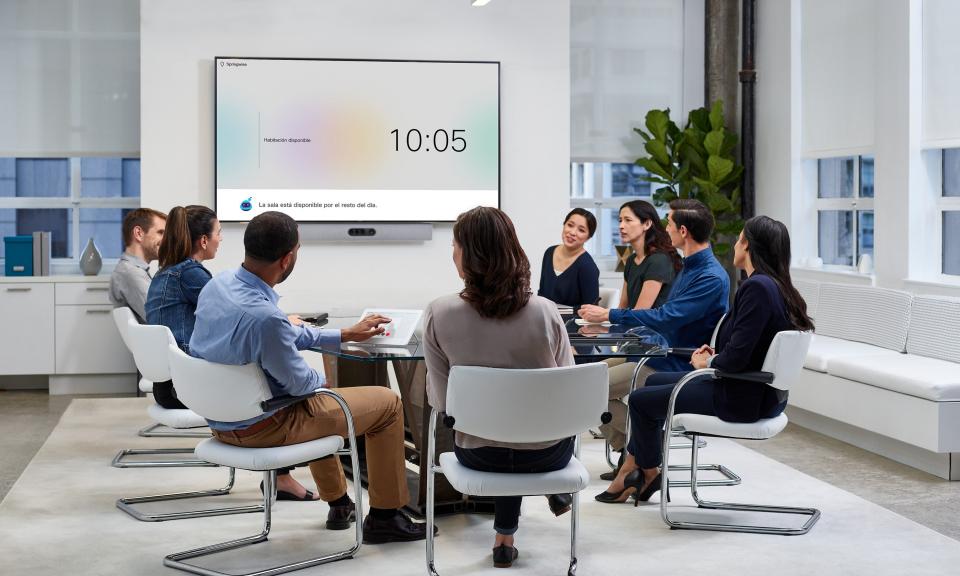 سيسكو تحول حوارات اجتماعات العمل إلى خلاصات
