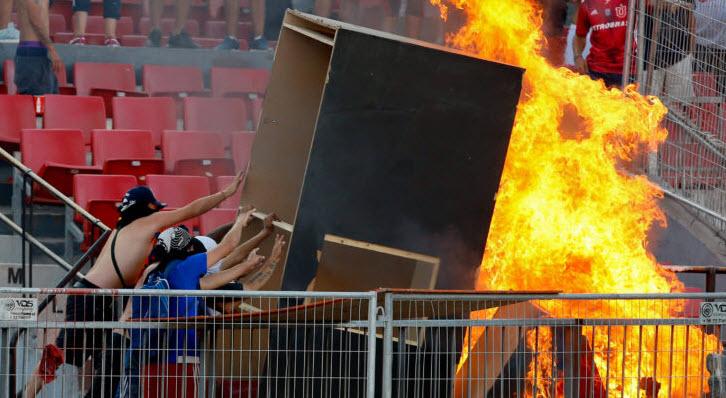 بالصور: مباراة في ليبرتادوريس تتحول إلى جحيم