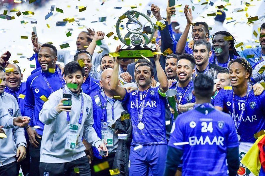 الهلال السعودي يفوز بلقب أفضل نادي في العقد الأخير