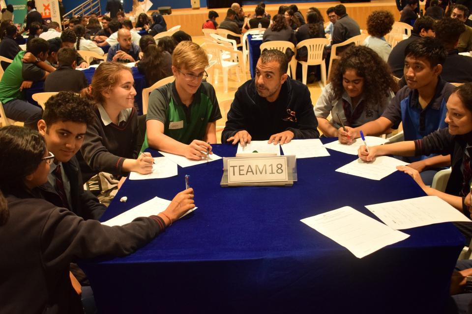 فيديكس إكسبريس وإنجاز العرب تستضيفان تحدي ريادة الأعمال للمدارس الثانوية في الإمارات