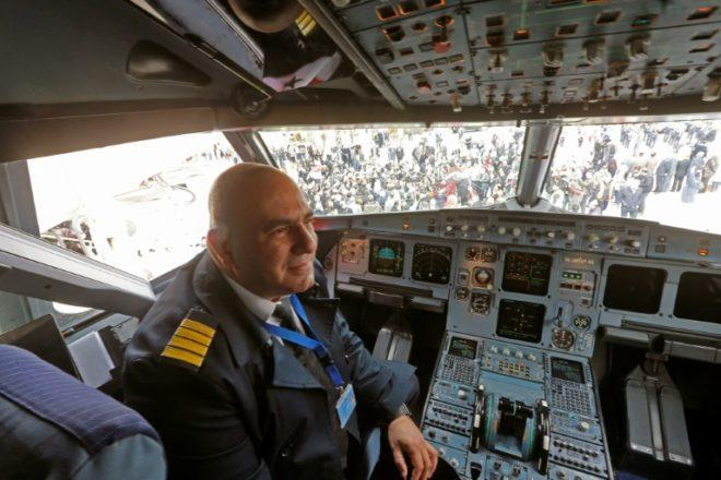 أول هبوط لطائرة في مطار حلب الدولي منذ توقف الطيران فيه قبل أكثر من ثماني سنوات