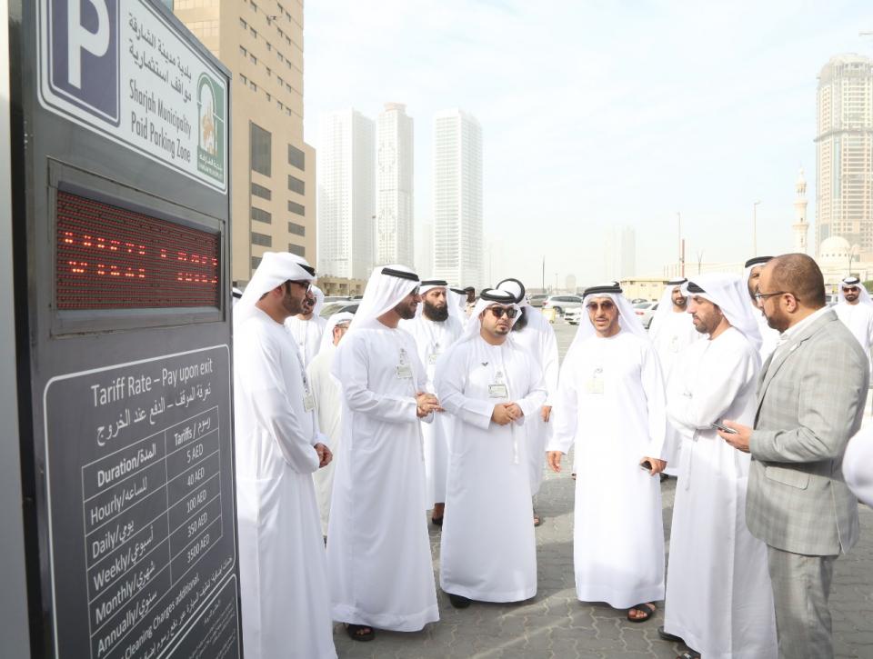 الشارقة.. افتتاح أول ساحة مواقف ذكية باستخدام الطاقة النظيفة