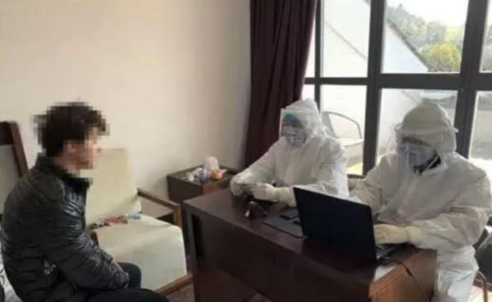كذبة لإجازة مرضية تؤدي إلى إغلاق مكاتب شركة بسبب الخوف من فيروس كورونا الجديد