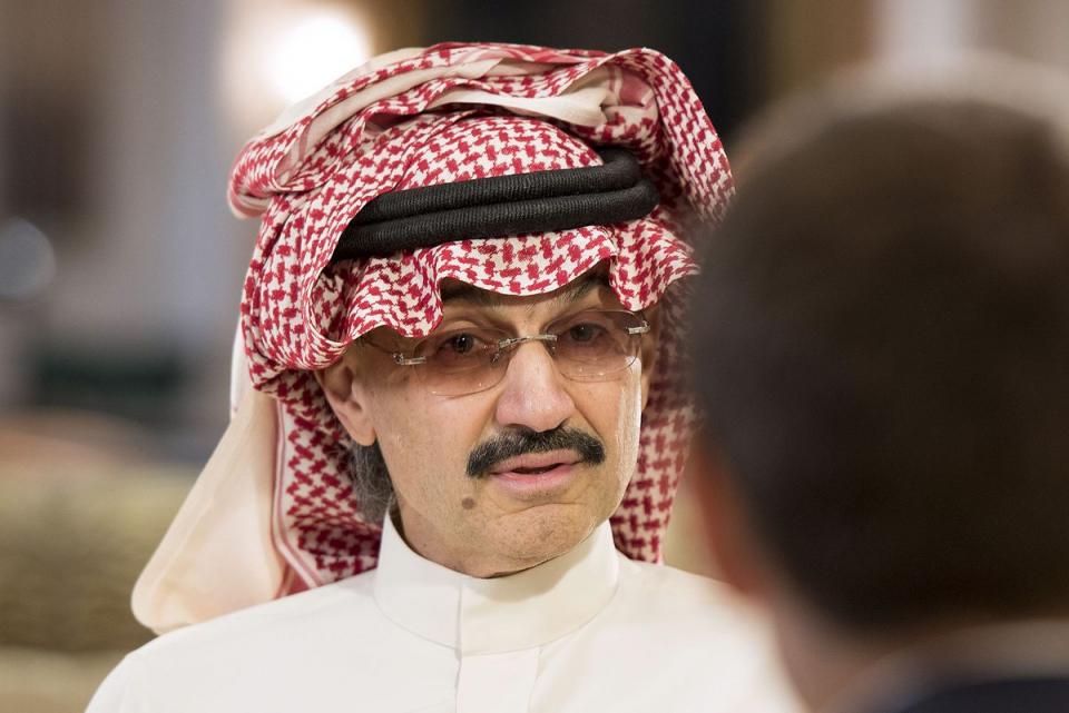 بلومبرغ: ثروة الأمير الوليد بن طلال آل سعود تتراجع إلى 22.7 مليار دولار