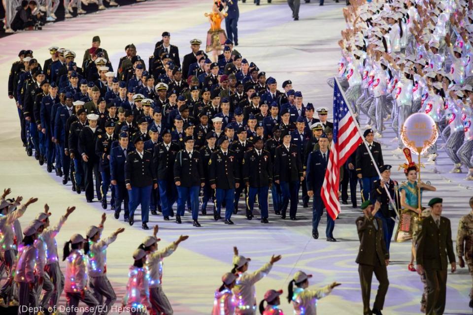 الصين تلمح لدور مزعوم لهؤلاء الجنود الأمريكيين في ووهان الصينية بنشر فيروس كورونا المستجد