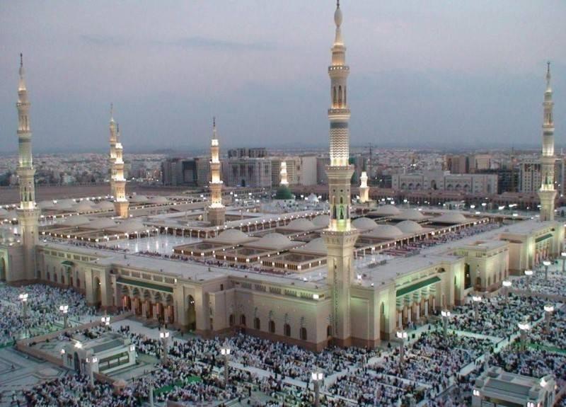 هيئة كبار العلماء تقرر رفع شعيرة الأذان في المساجد وتتضمن: صلوا في بيوتكم