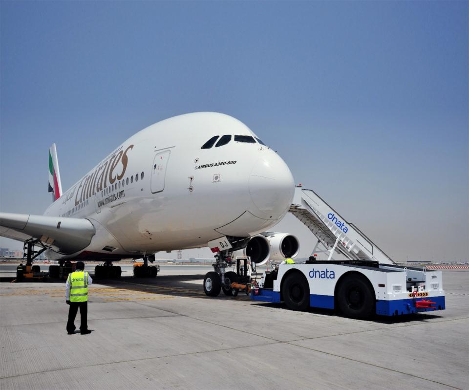 طيران الإمارات توقف رحلاتها اعتبارا من 25 آذار ومواصلة سكاي كارجو