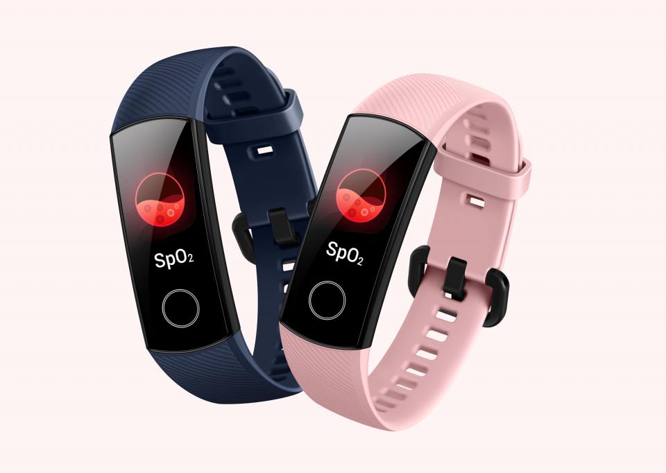 راقب مستوى تشبع الأكسجين في الدم وأنت في المنزل مع  سوار أونر باند 5