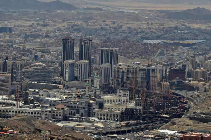 استثناء مناطق في مدن سعودية من رفع حظر التجول