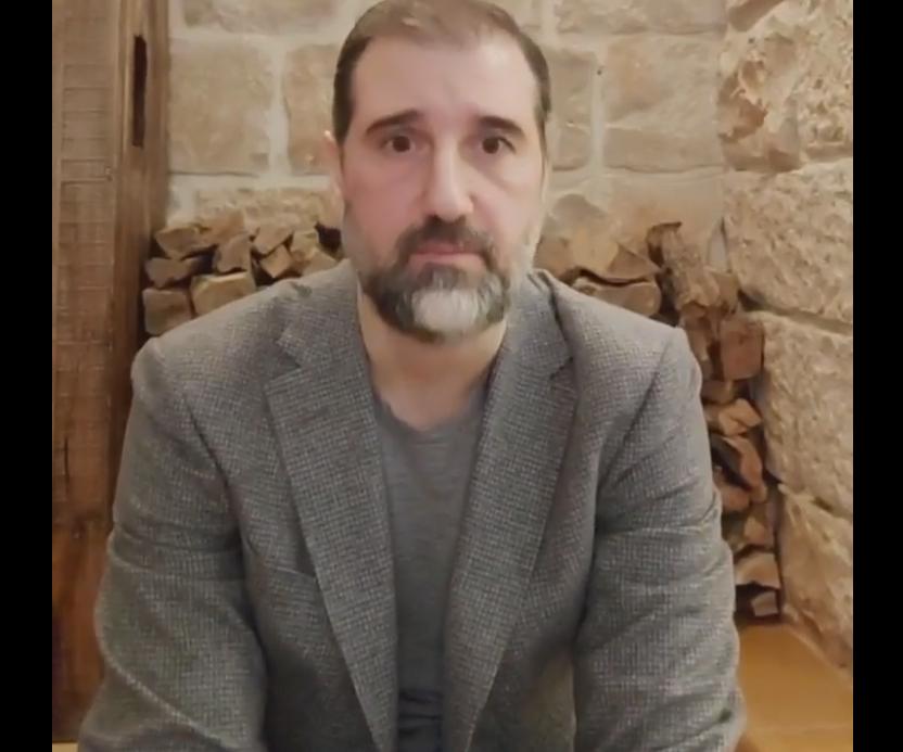 رامي مخلوف قطب الأعمال السوري يقول إن قوات الأمن بدأت في اعتقال موظفين لديه