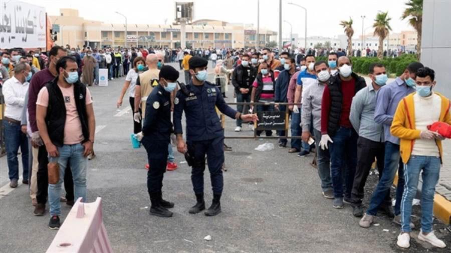 مصر  تطلق جسرا جويا لإعادة آلاف العالقين في الكويت بعد أعمال شغب