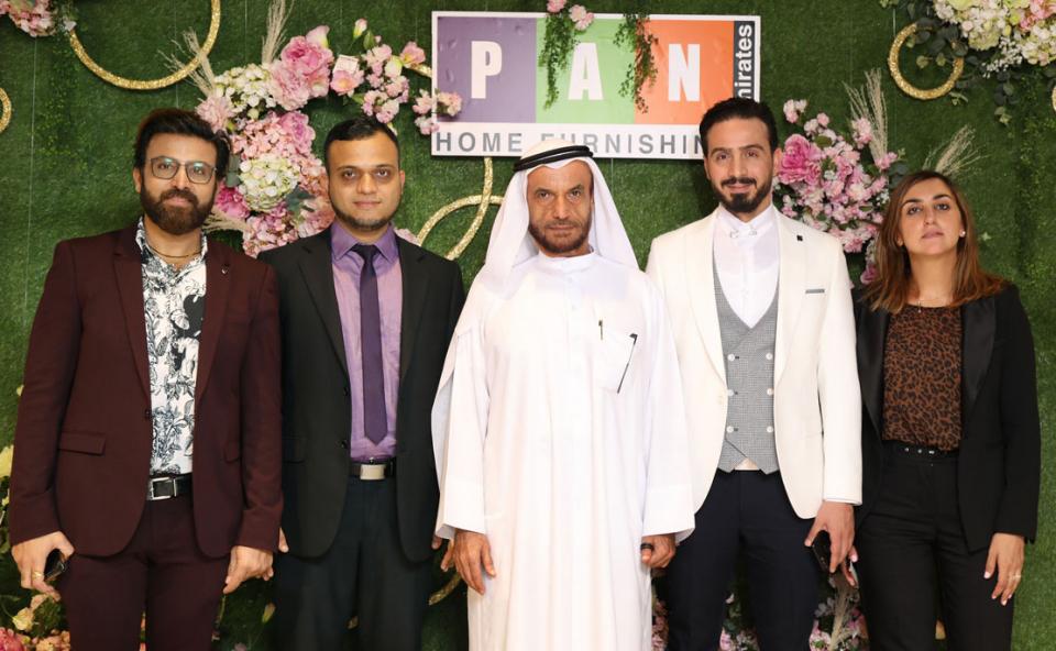 حول الإمارات  تفتتح صالة عرضها الجديدة  في دبي فيستيفال سيتي مول