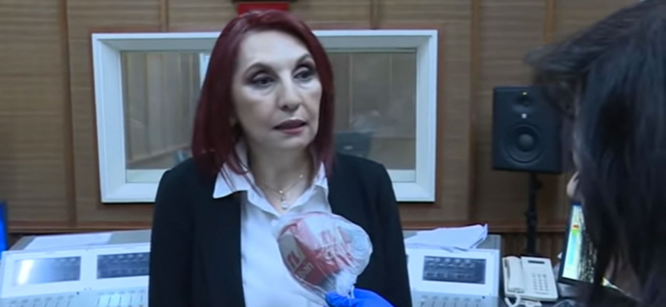افتعال ضجة ضد زوجة رئيس وزراء لبنان عقب دعوتها للبنانيين للعمل