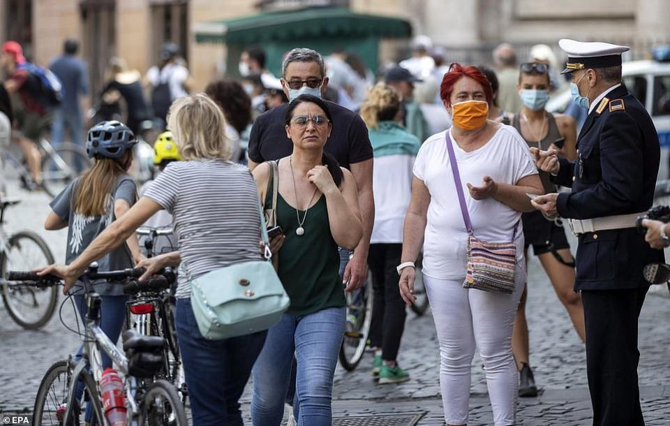 بالصور، دول أوروبية تستعيد أنشطتها الاقتصادية والاجتماعية