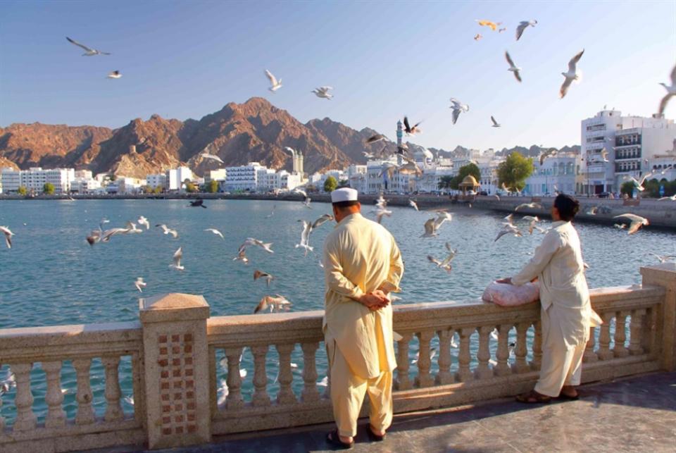 سلطنة عمان تغلق 4 محافظات عُمانية أمام السياح