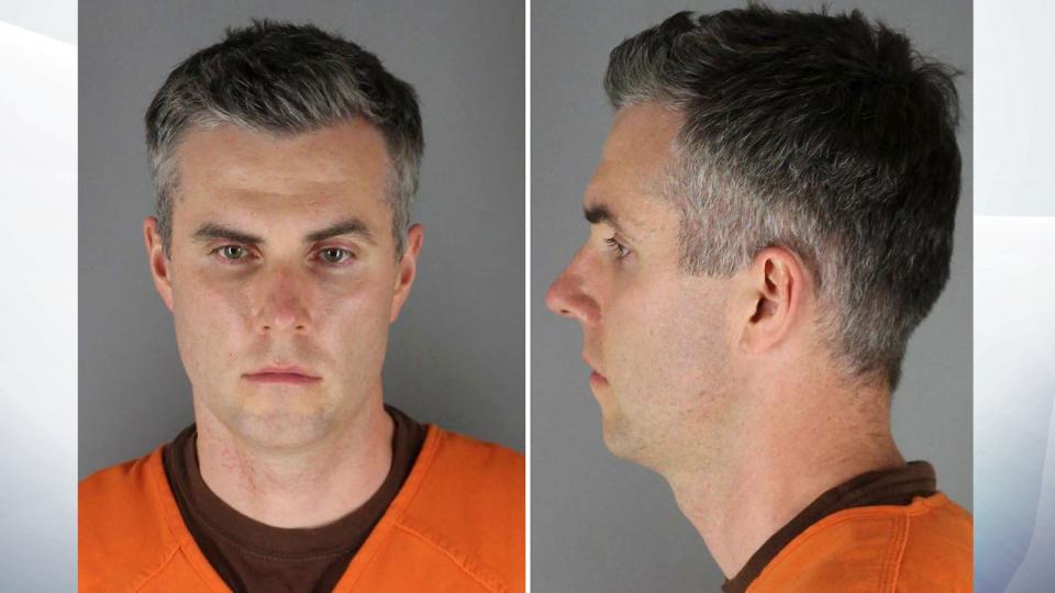 إطلاق سراح أحد أفراد الشرطة الأمريكية المتهمين بقتل جورج فلويد