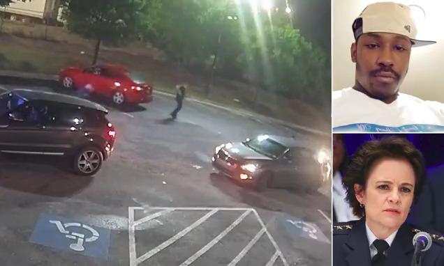 شاهد إحراق مطعم وينديز بعد مقتل رجل أسود على يد الشرطة في اتلانتا