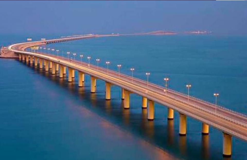 زيادة السعة الاستيعابية لجسر الملك فهد بنسبة 45٪
