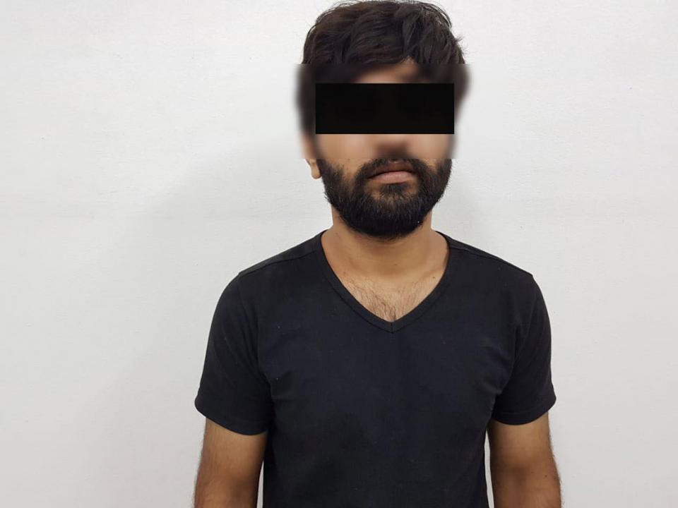 دبي: القبض على قاتل مدير شركة وزوجته قتلا طعنا خلال سرقة منزلهما