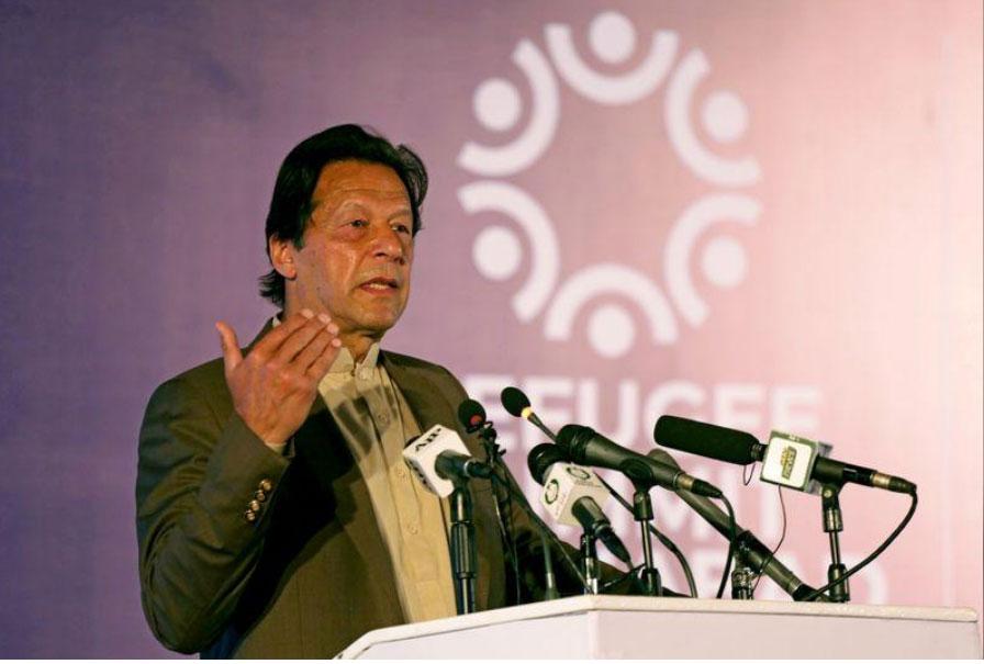 """انتقادات لرئيس وزراء باكستان لوصفه بن لادن """"بالشهيد"""""""