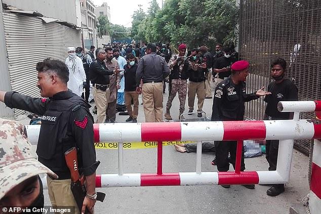 هجوم على بورصة كراتشي وسقوط 6 قتلى