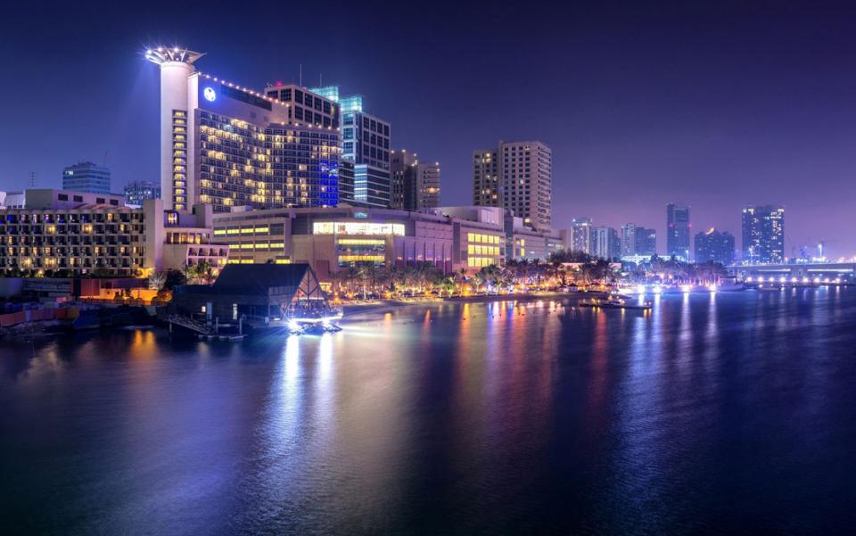 الإمارات: فنادق تقدم تجربة ضيافة لا تلامسية مع إجراءات تنظيف وتعقيم مشددة