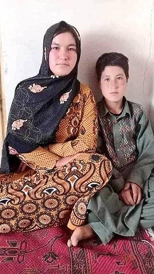 فتاة أفغانية تقتل عنصرين من طالبان انتقاما لوالديها