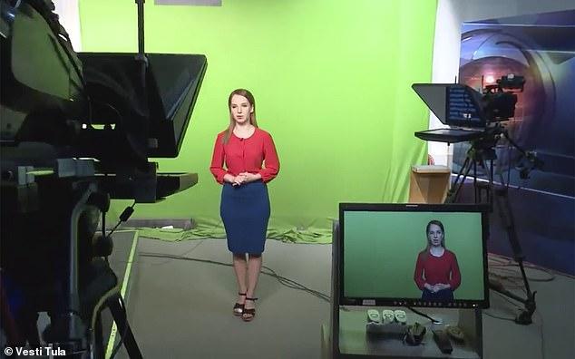 ممرضة روسية أوقفت عن العمل بعد ارتدائها البكيني تصبح مذيعة تلفزيونية