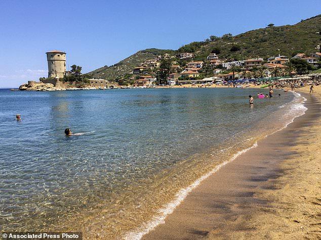 كيف نجت هذه الجزيرة الإيطالية من وباء كورونا؟
