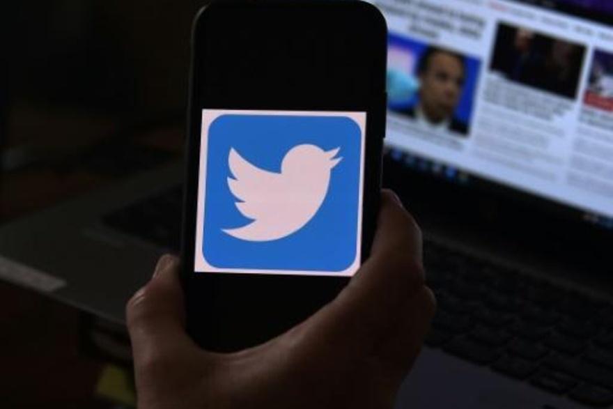 تويتر سيقيد حسابات وسائل إعلام تابعة لبعض الحكومات