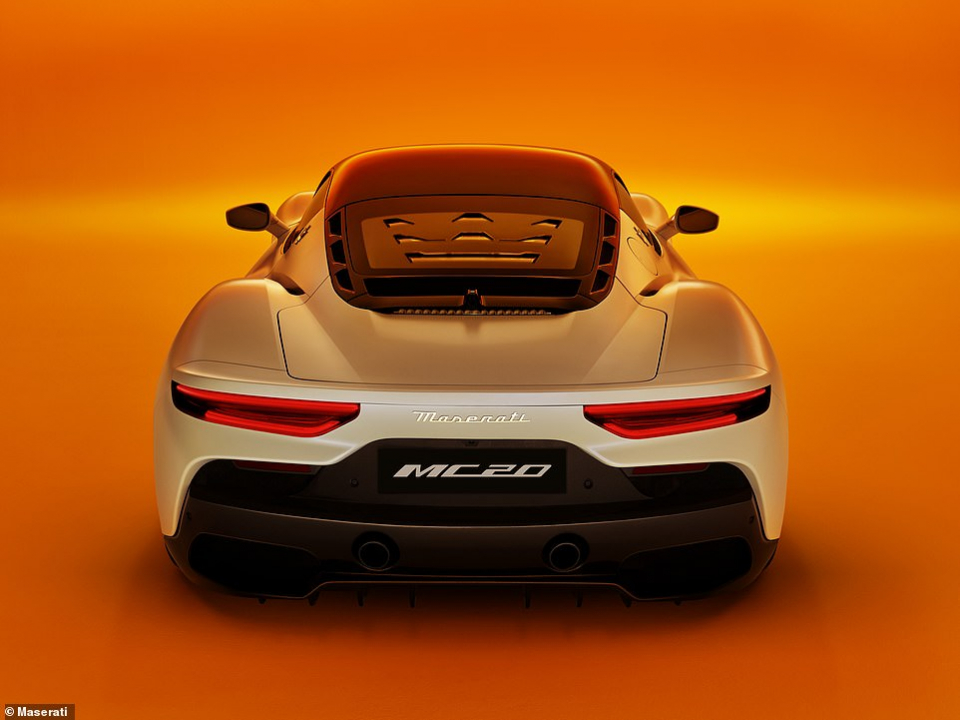 شاهد سيارة مازيراتي الرياضية الجديدة بسعر يقارب ربع مليون دولار