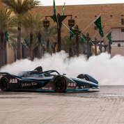 Felipe-Massa-in-the-new-Gen2-Formula-E-car-launches-a-new-visa-process-for-Saudia-Arabia.jpg